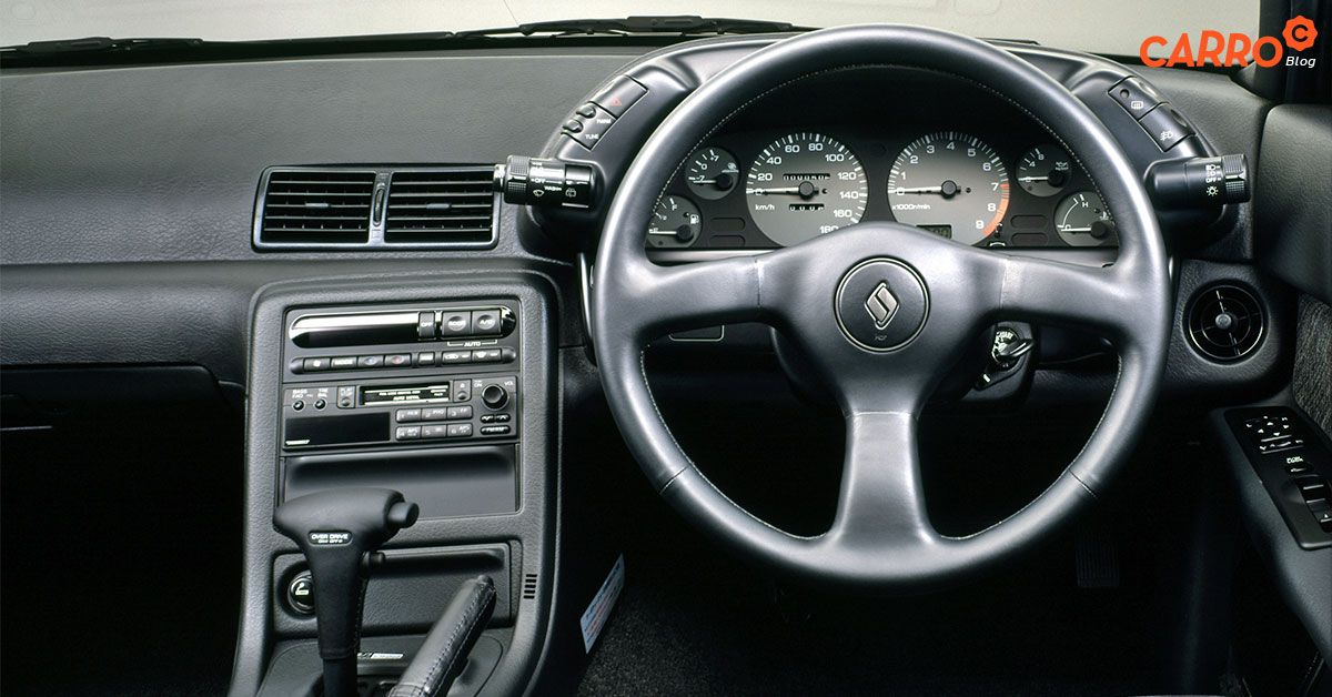 Nissan-Skyline-R32-Interior